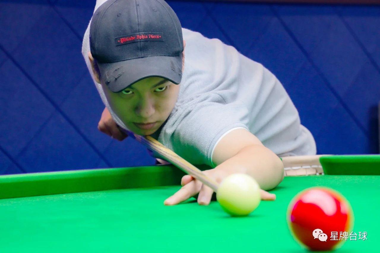 耿铭齐台球俱乐部 去体验职业台的乐趣