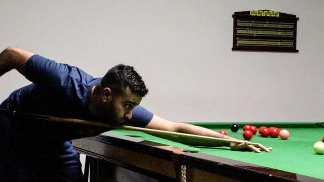 阿贾布:29岁巴基斯坦裔英格兰选手 圆职业梦想